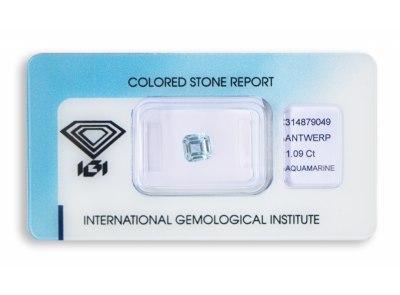 akvamarín 1.09ct light blue s IGI certifikátem