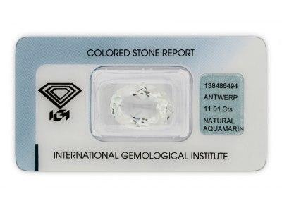 akvamarín 11.01ct light bluish green s IGI certifikátem