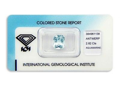 akvamarín 2.82ct light greenish blue s IGI certifikátem