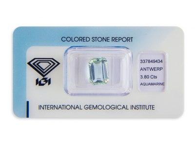 akvamarín 3.80ct light blue s IGI certifikátem