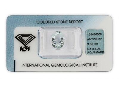 akvamarín 3.86ct light blue s IGI certifikátem