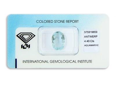 akvamarín 4.40ct light greenish blue s IGI certifikátem