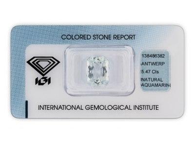 akvamarín 5,47ct bluish green s IGI certifikátem