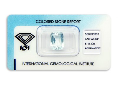 akvamarín 5.16ct light greenish-blue s IGI certifikátem