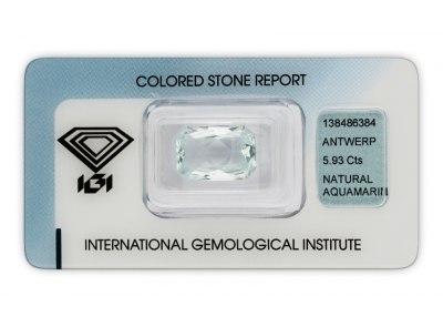 akvamarín 5.93ct light greenish blue s IGI certifikátem