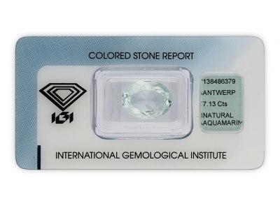 akvamarín 7.13ct light bluish green s IGI certifikátem