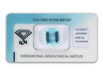 akvamarín 8.66ct blue s IGI certifikátem