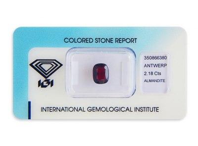 almandin 2.18ct deep purplish red s IGI certifikátem