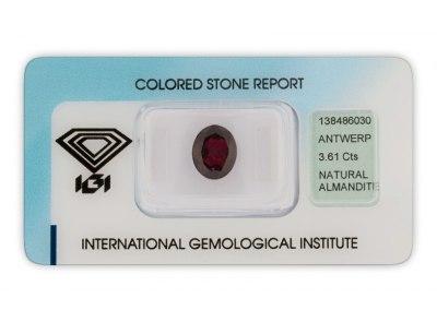 almandin 3.61ct dark purplish red s IGI certifikátem