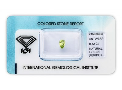 peridot 0.42ct yellowish green s IGI certifikátem