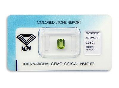 peridot 0.98ct yellow-green s IGI certifikátem