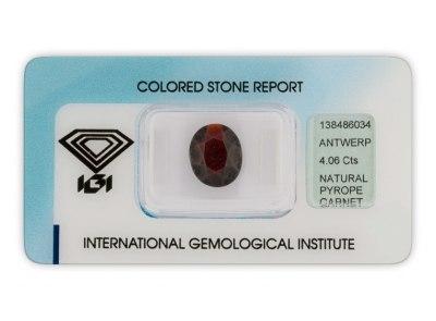 pyrop 4.06ct dark brownish red s IGI certifikátem