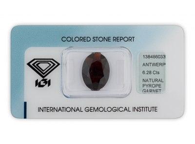 pyrop 6.28ct dark brownish red s IGI certifikátem