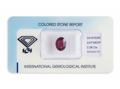 rhodolit 3.38ct reddish purple s IGI certifikátem