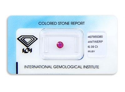 rubín 0.39ct deep purplish pink-red (tepelně neupraven) s IGI certifikátem