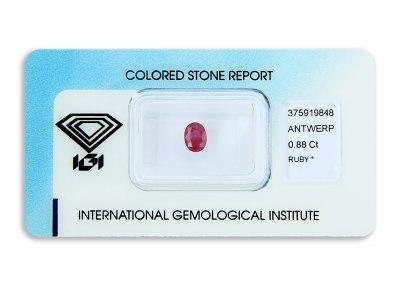 rubín 0.88ct deep purplish red s IGI certifikátem