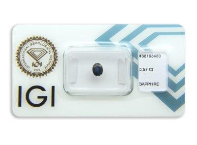safír 0.57ct deep blue s IGI certifikátem