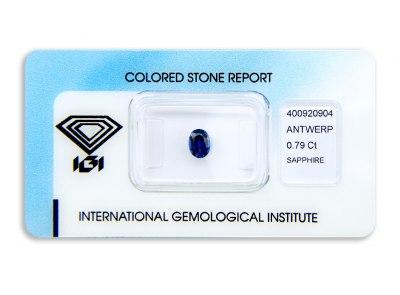 safír 0.79ct deep blue (tepelně neupraven) s IGI certifikátem