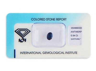 safír 0.94ct dark blue s IGI certifikátem