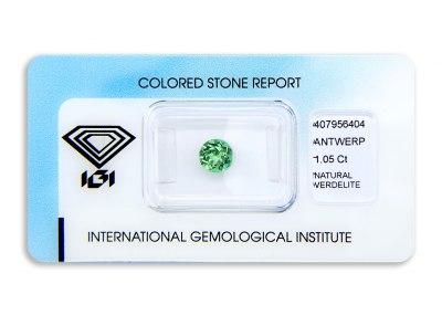 verdelit 1.05ct yellowish green s IGI certifikátem