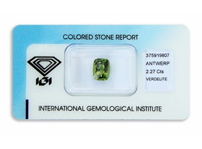 verdelit 2.27ct yellowish green s IGI certifikátem