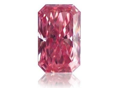 0.30ct Fancy Intense Pink/SI1 s GIA certifikátem