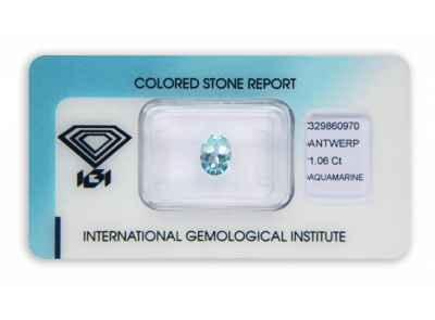 akvamarín 1.06ct light blue s IGI certifikátem