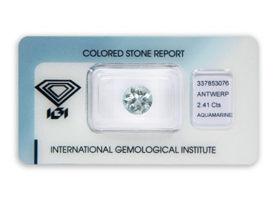 akvamarín 2.41ct very light blue s IGI certifikátem