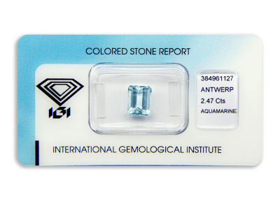 akvamarín 2.47ct greenish blue s IGI certifikátem