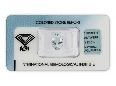 akvamarín 3.22ct light blue s IGI certifikátem