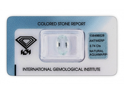 akvamarín 3.74ct very light blue s IGI certifikátem