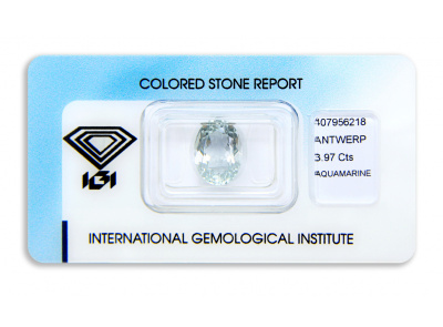 akvamarín 3.97ct very light greenish blue s IGI certifikátem