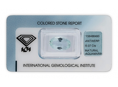 akvamarín 5.07ct light blue s IGI certifikátem