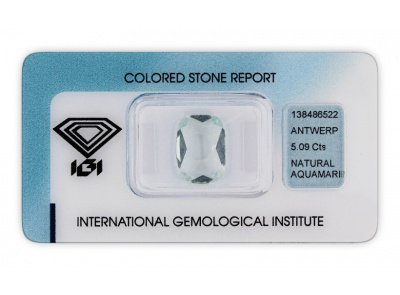 akvamarín 5.09ct light greenish blue s IGI certifikátem