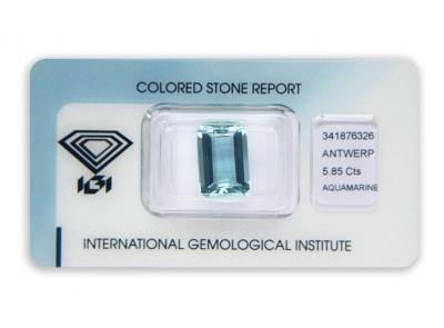 akvamarín 5.85ct blue s IGI certifikátem