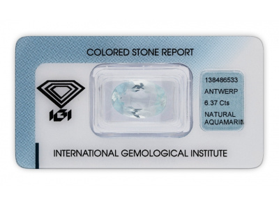 akvamarín 6.37ct light blue s IGI certifikátem