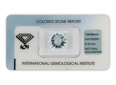 akvamarín 8.44ct light blue s IGI certifikátem