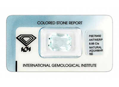 akvamarín 8.66ct very light blue s IGI certifikátem