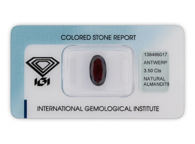 almadin 3.50ct dark brownish purplish red s IGI certifikátem