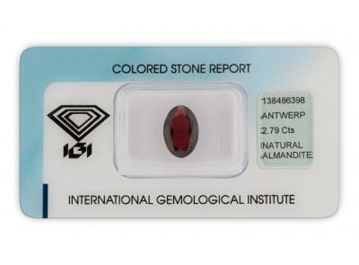 almandin 2.79ct brownish purple s IGI certifikátem