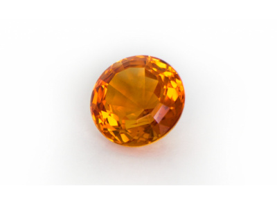 citrín 8.94ct deep yellowish orange s IGI certifikátem