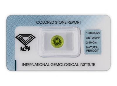 peridot 2.69ct yellowish green s IGI certifikátem