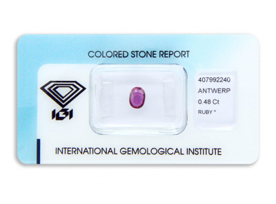 rubín 0.48ct purplish red s IGI certifikátem