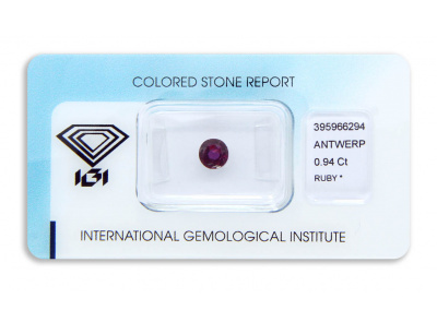 rubín 0.94ct purplish pink-red s IGI certifikátem