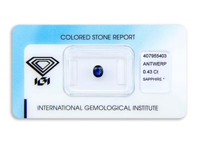 safír 0.43ct deep blue s IGI certifikátem
