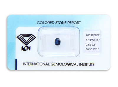 safír 0.63ct deep blue s IGI certifikátem