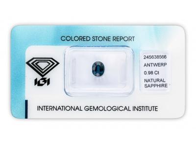 safír 0.98ct deep blue s IGI certifikátem