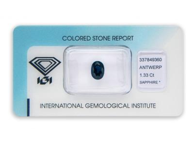 safír 1.33ct dark blue s IGI certifikátem