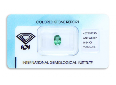 verdelit 0.94ct yellowish green s IGI certifikátem