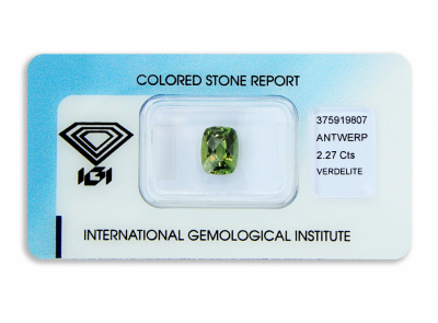 verdelit 2.27ct yellowish green s IGI certifikátem